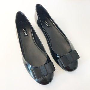 Ecco Orwando Black Patent Bow Flat